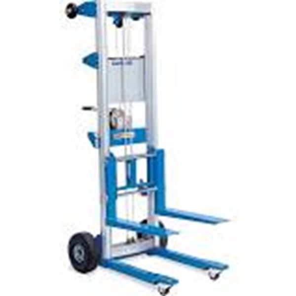 2024 Genie Super Lift 20ft 500capacity